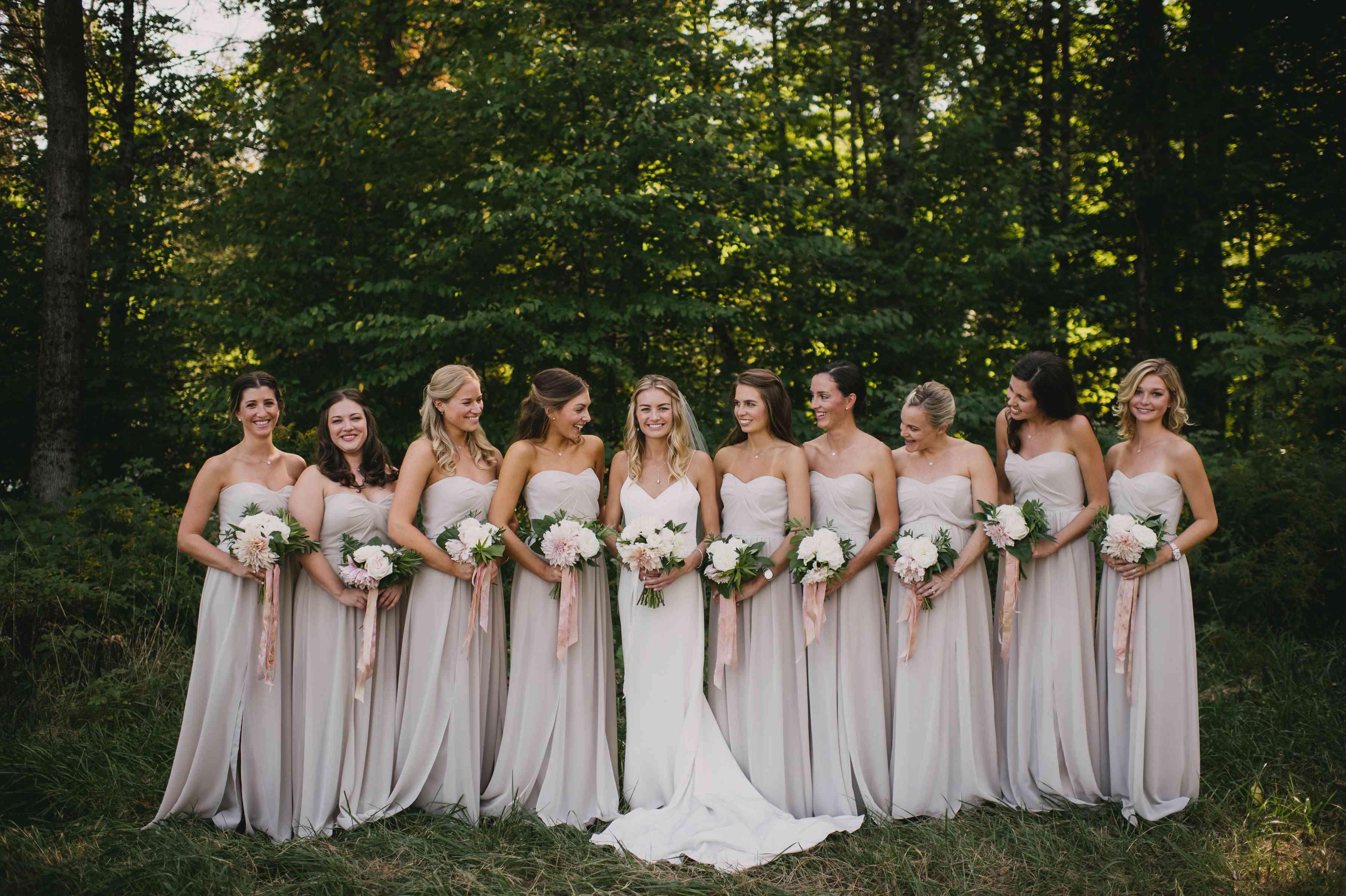 <p>bridesmaids in grey dresses</p><br><br>
