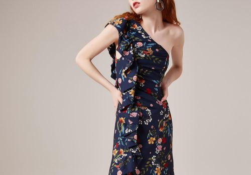 30 Floral Wedding Guest Dresses For All Your Summer Ceremony Needs