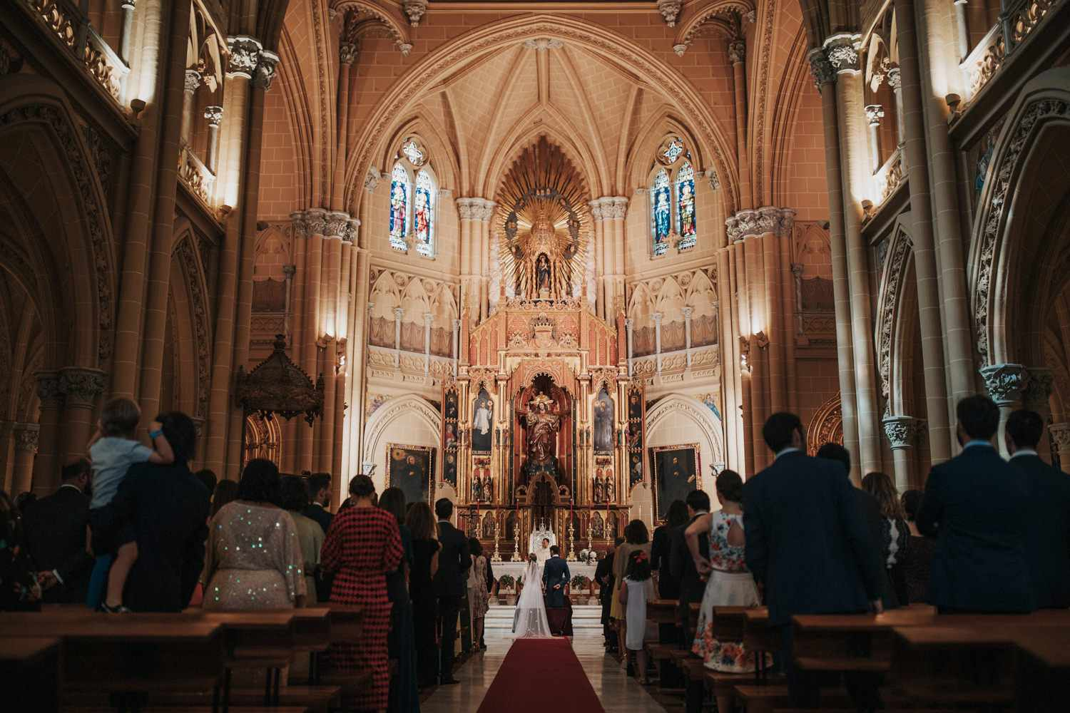 <p>Bride and groom at altar during ceremony</p><br><br>