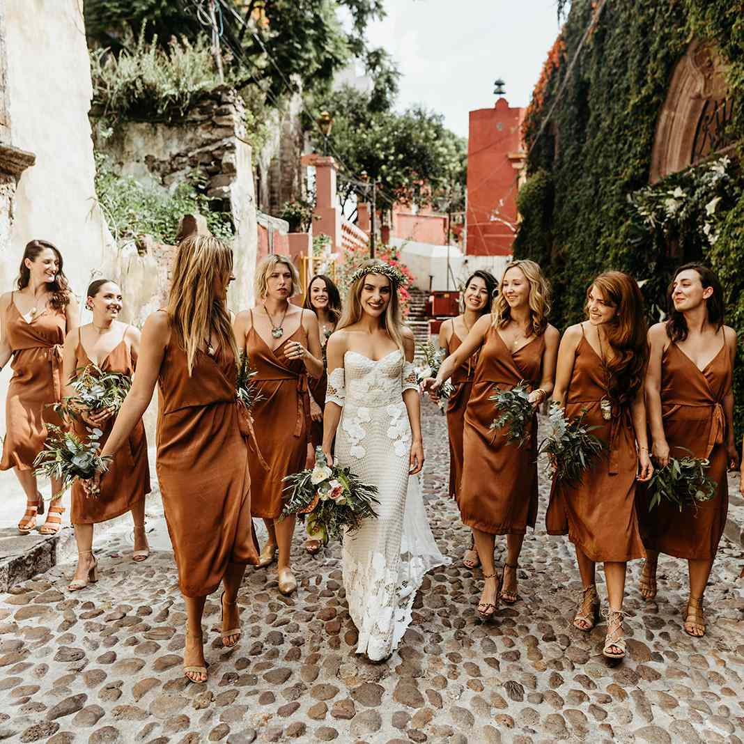 Bridesmaid Proposal Ideas 21 Creative Ways To Pop The Question