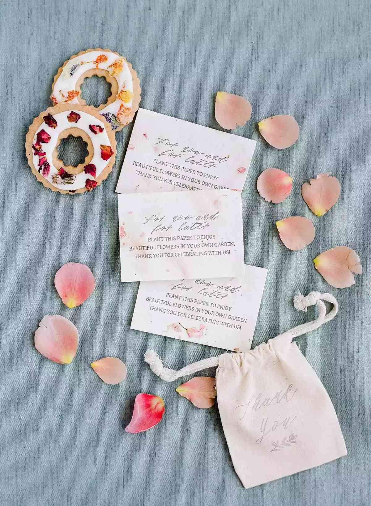 flower petal wedding favors