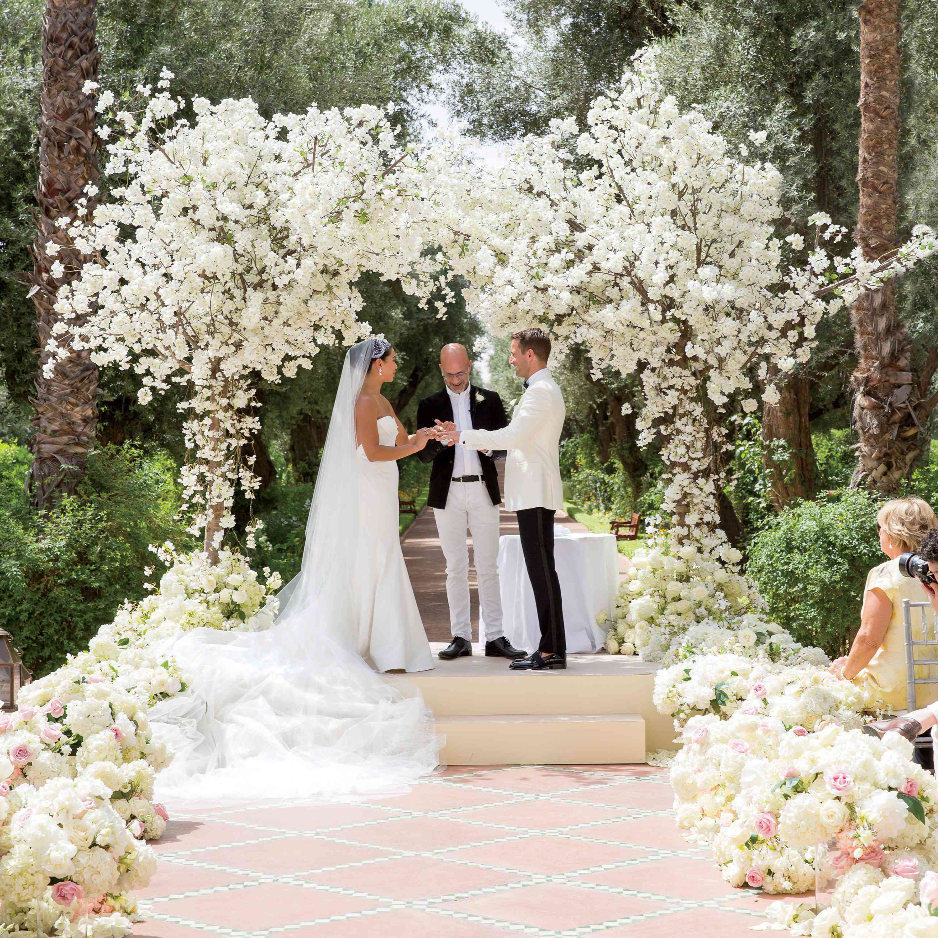 The Ceremony Decor: 34 Stylish Wedding Aisle Decoration Ideas