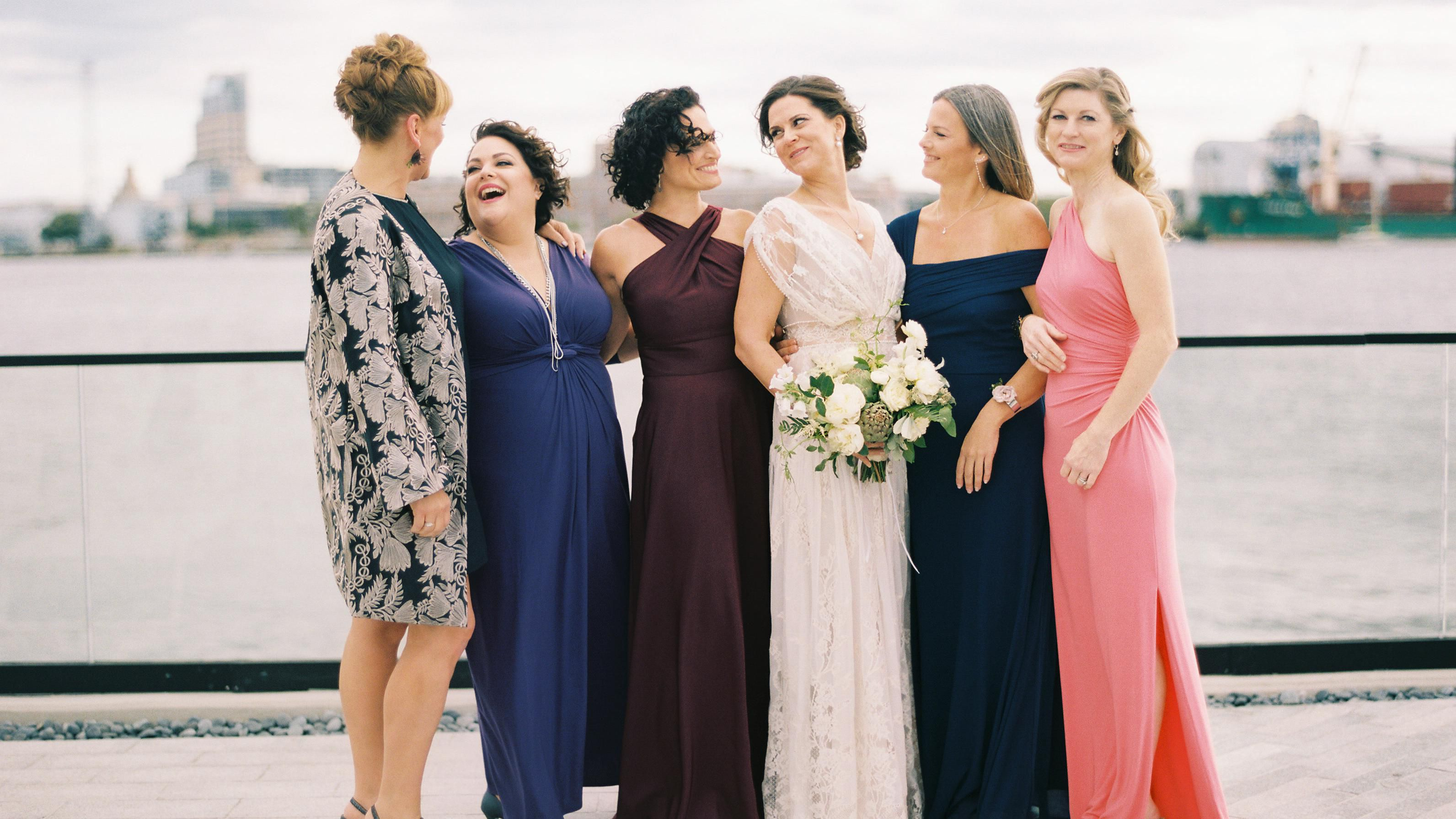 5 Unique Bridesmaid Color Pairings For A Fall Wedding
