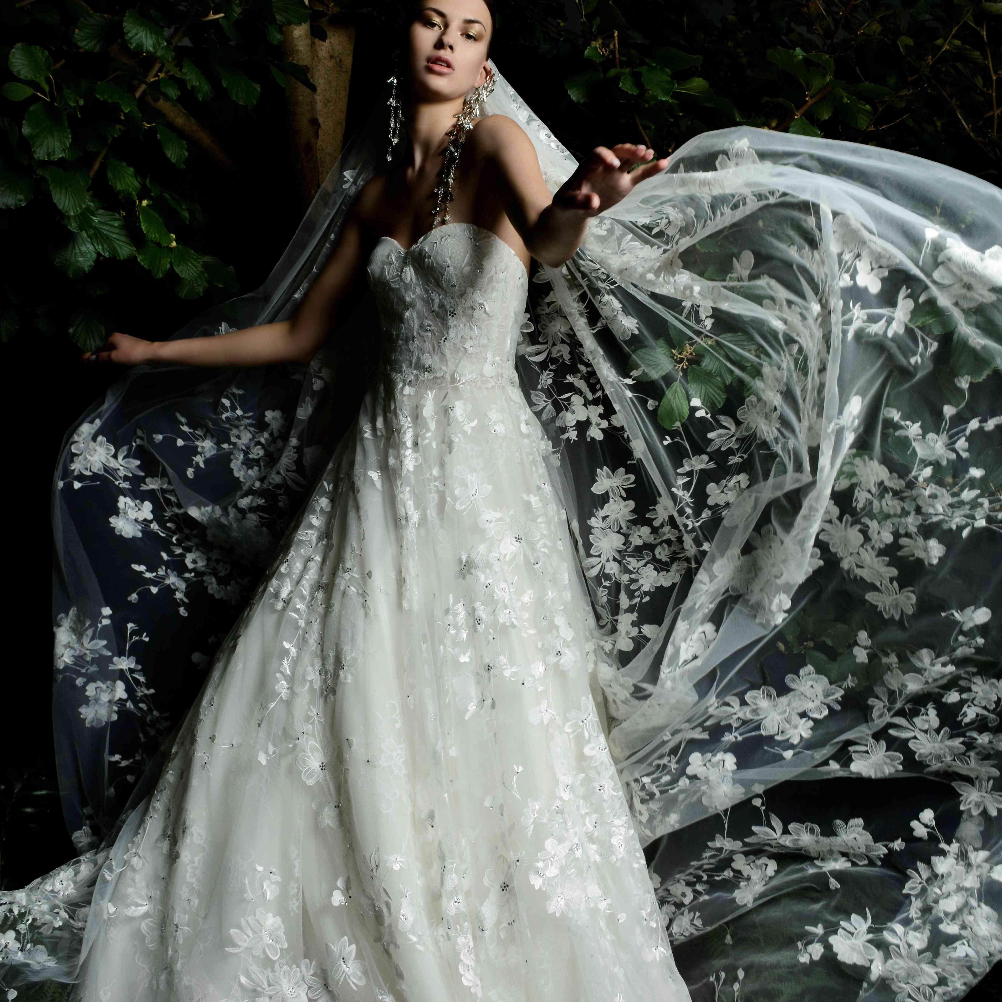 oneida wedding dress naeem khan