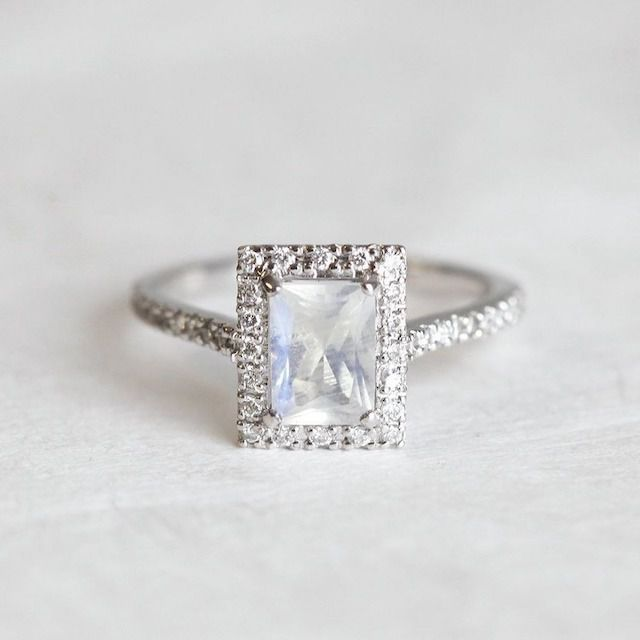 Capucinne Moonstone Engagement Ring