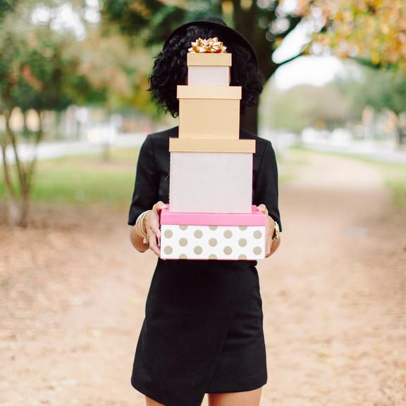 What Is The Appropriate Gift For A Wedding: When Is It Appropriate To Send A Wedding Gift?