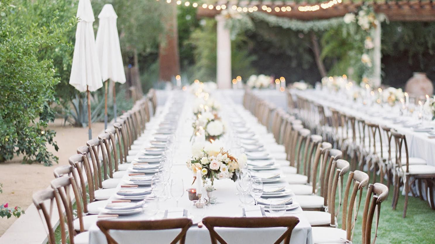 23 Beautiful Banquet Style Tables For Your Wedding Reception