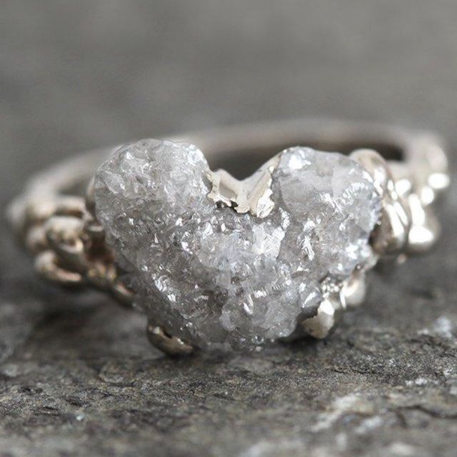 Capucinne Raw Diamond Ring