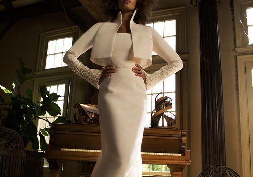 17 Wedding Dresses With Elegant Pearl Detailing