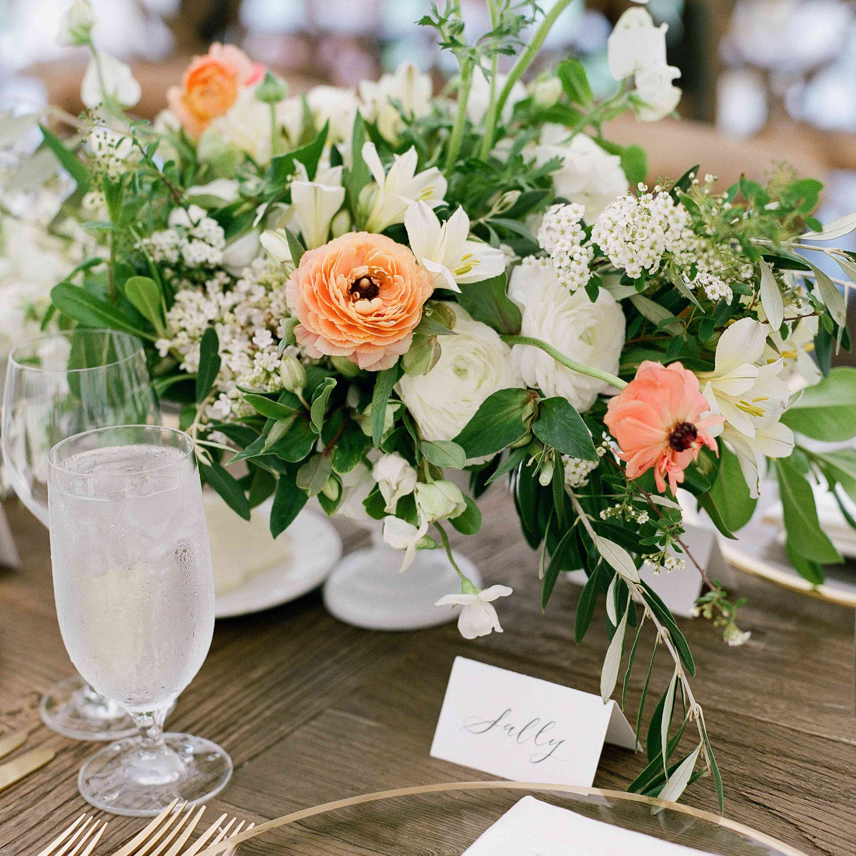 white and coral centerpiece