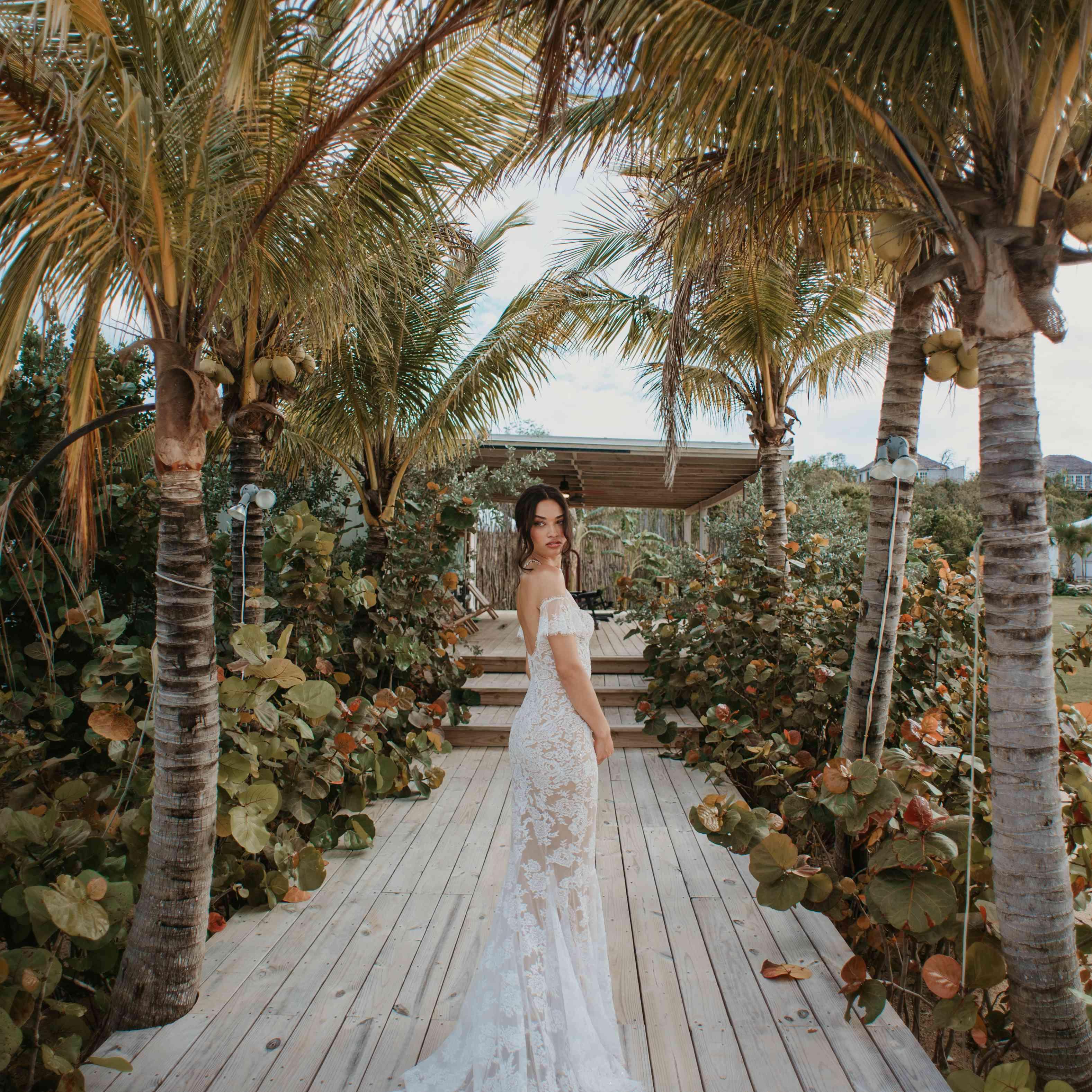bride in bahamas