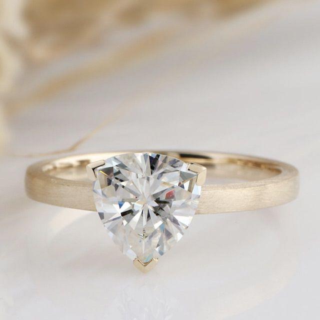 Yeefvm Art Deco Solitaire Ring