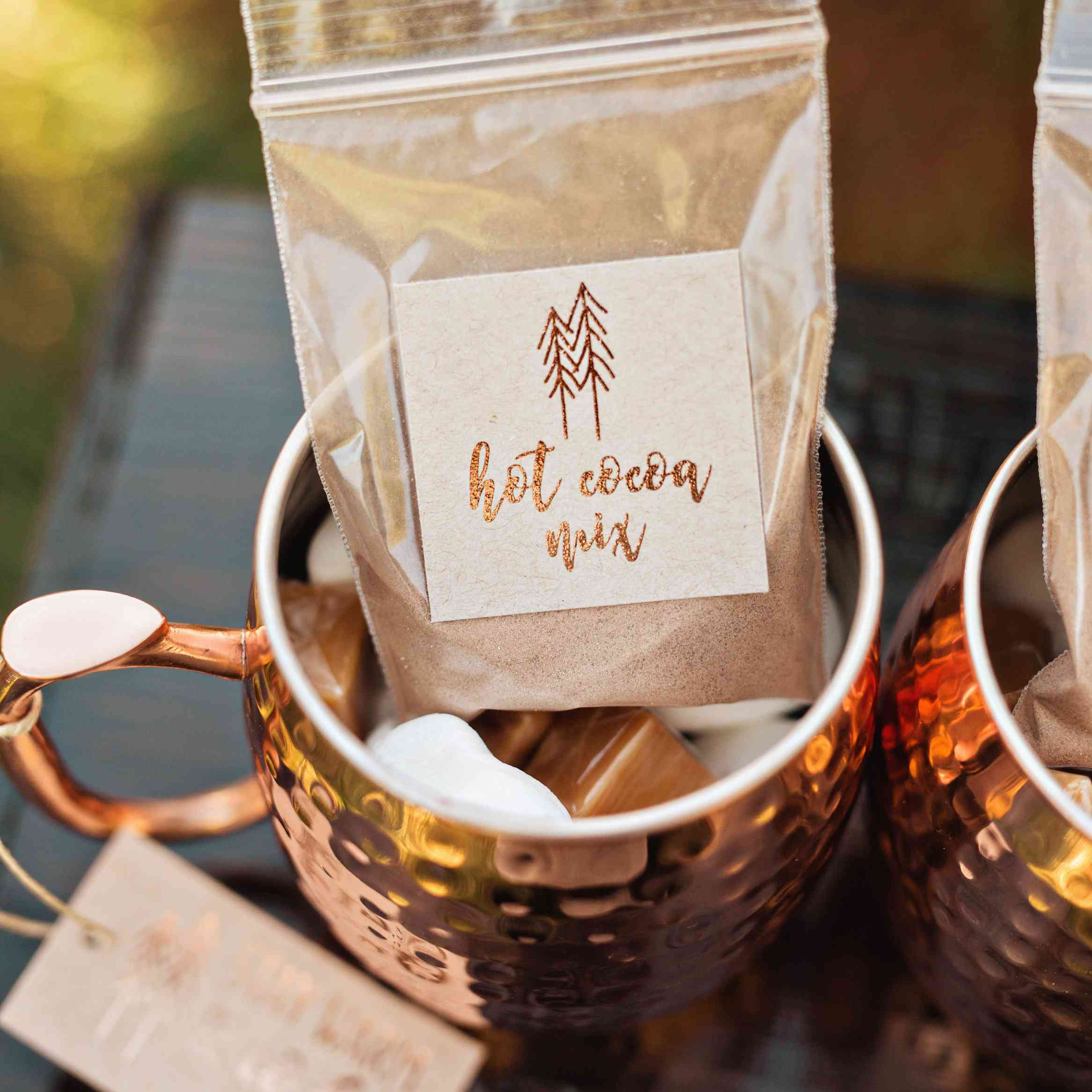 Diy Wedding Favors: 15 DIY Wedding Favors That Even The Least Crafty Couples