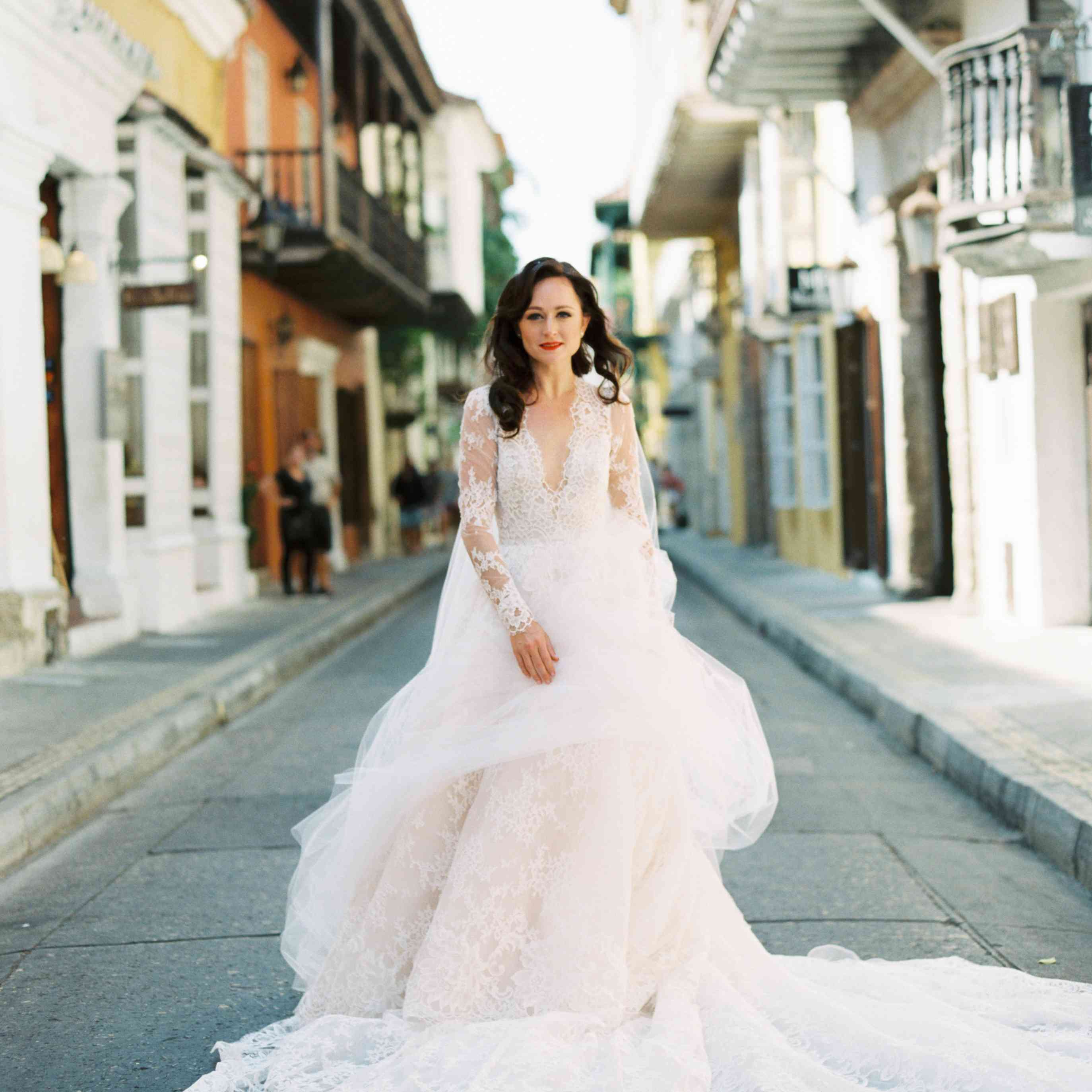 These 27 Stylish Real Brides Wore Long Sleeves,Wedding Dresses Off The Rack Dublin