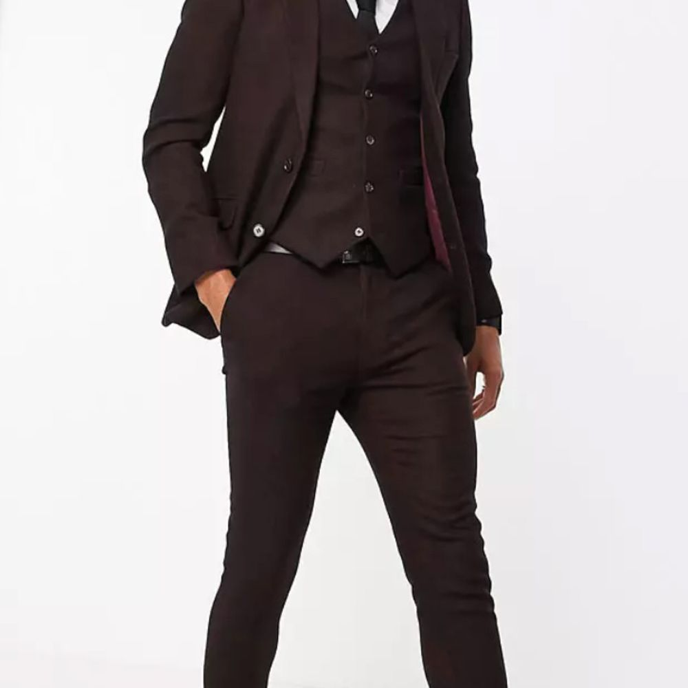 twill burgundy suit with vest
