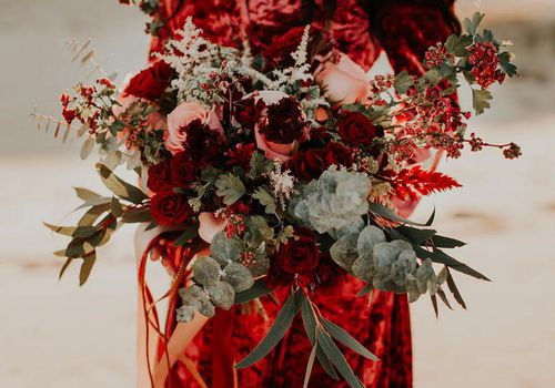 27 Red Wedding Bouquets