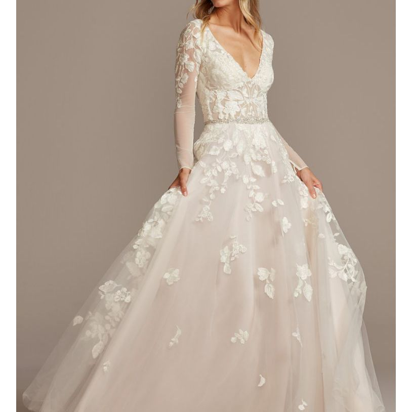 illusion sleeve plunging neckline lace dress