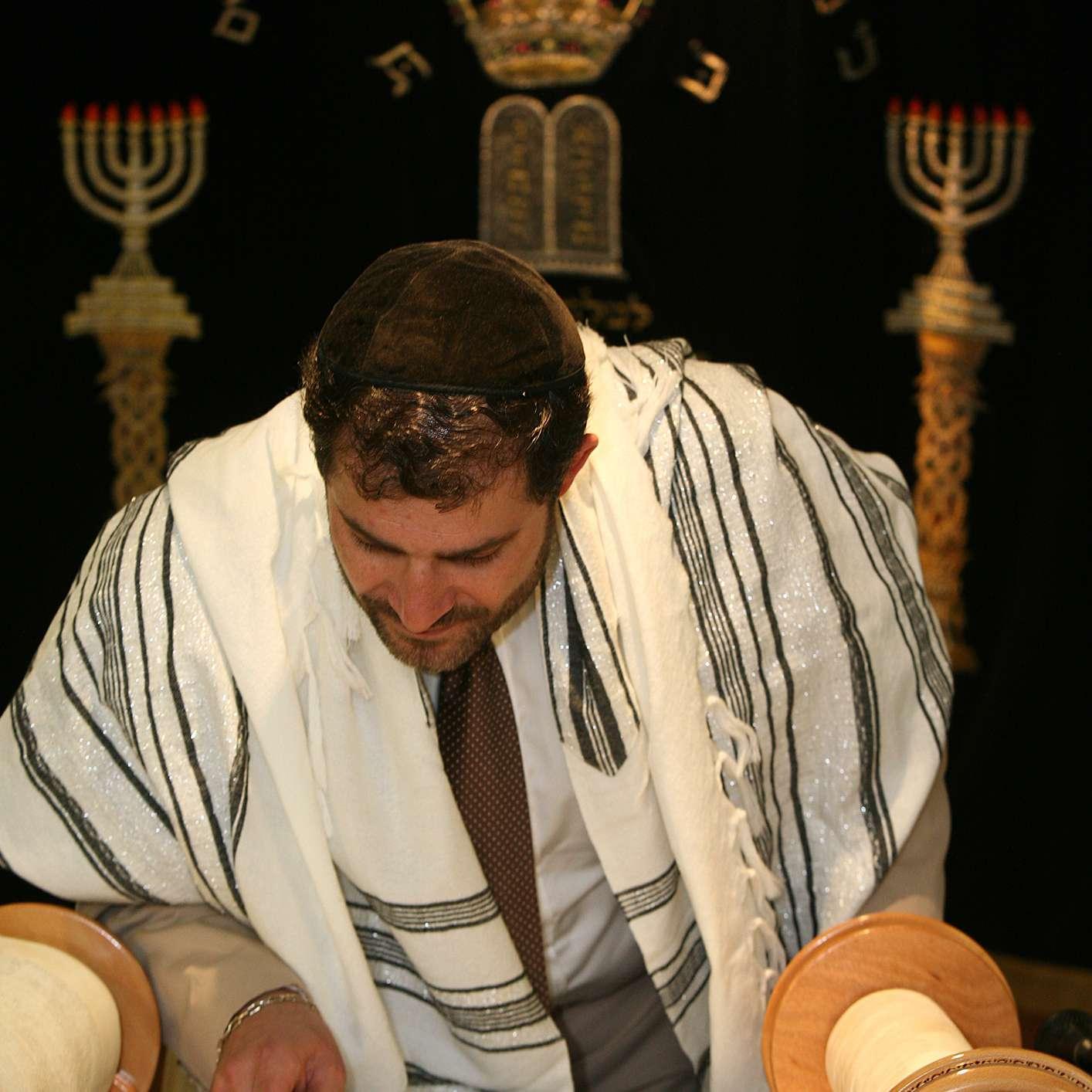 Groom-to-be reading Torah