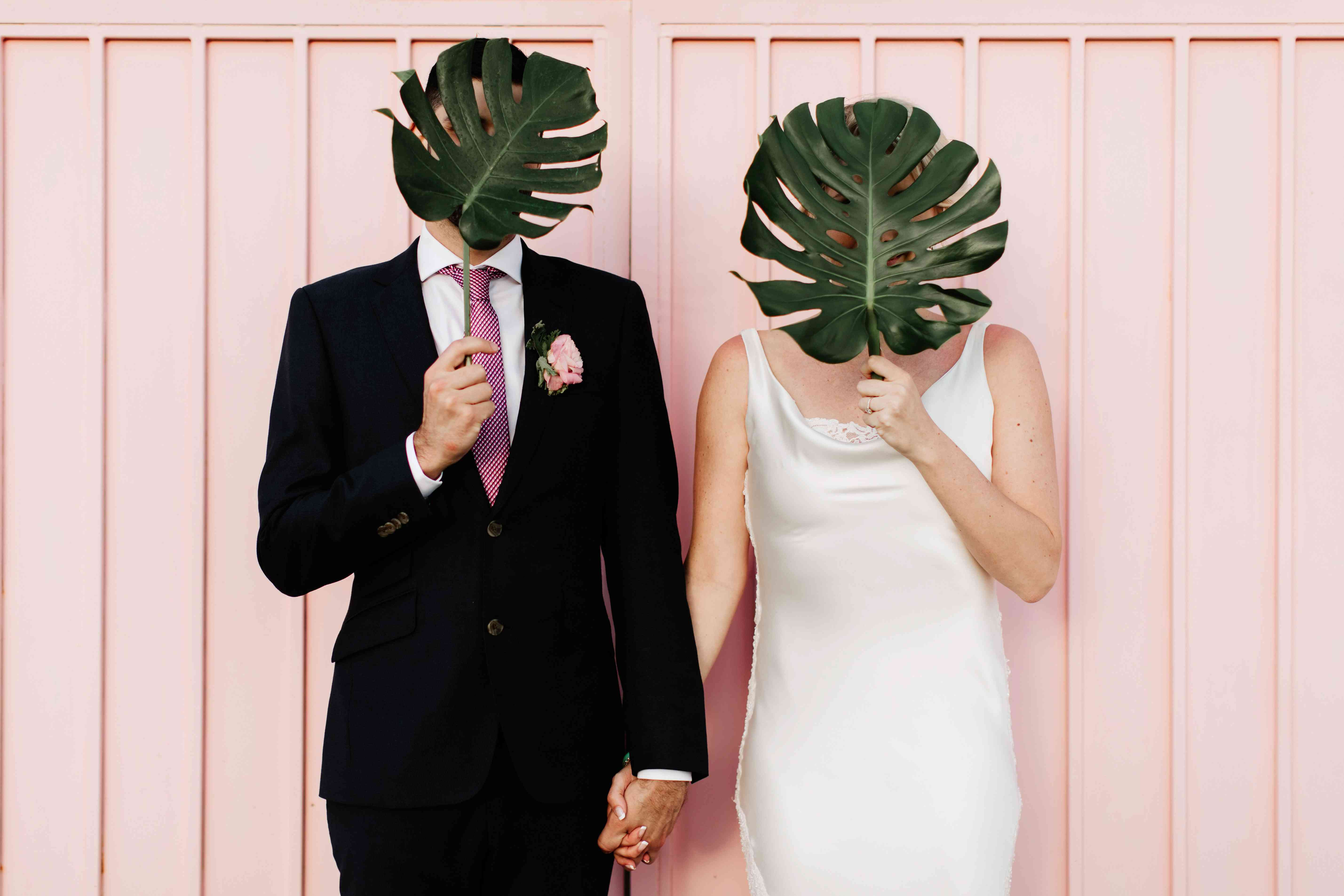<p>Bride and Groom with Palms</p><br><br>