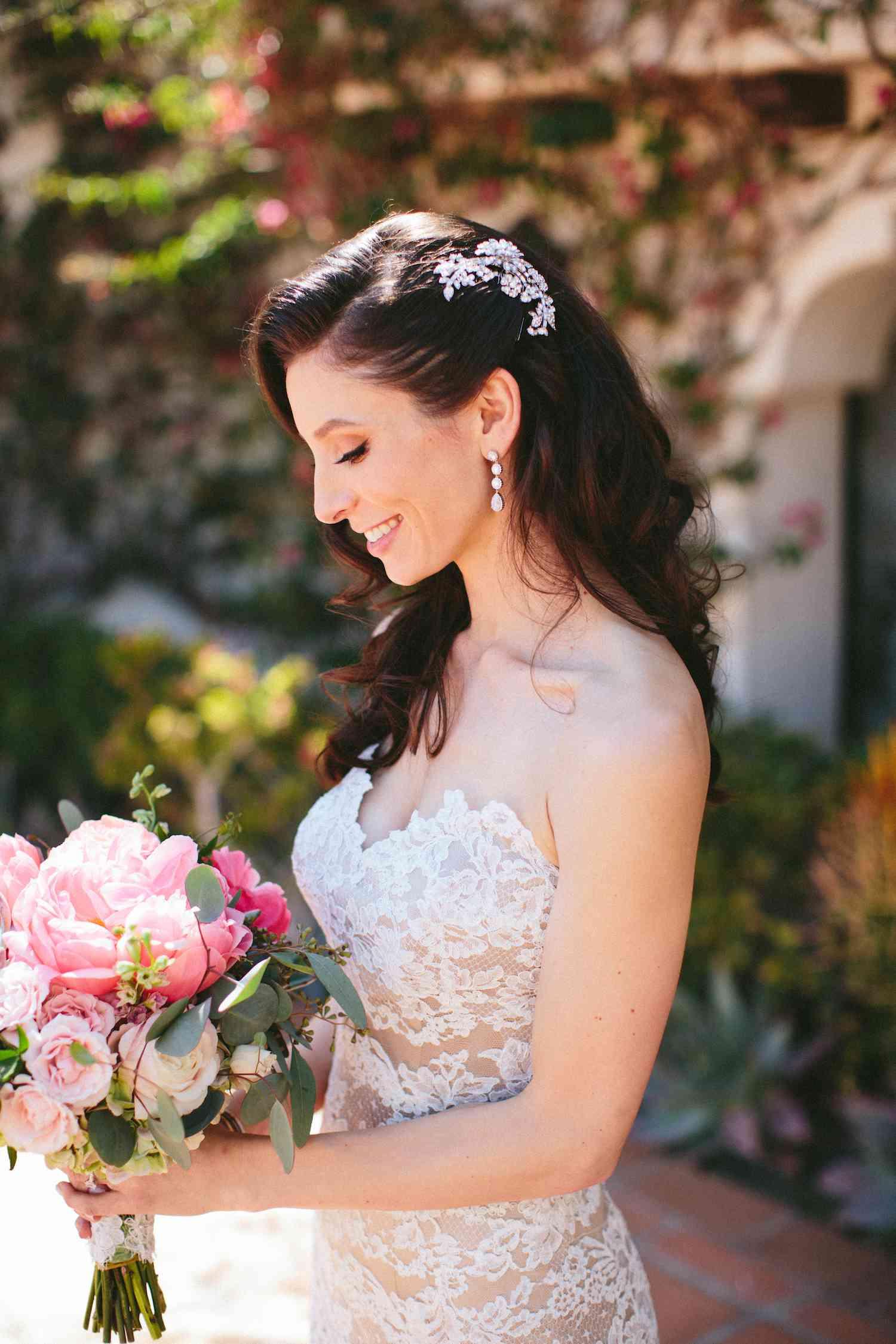 Solo shot bride with bouquet