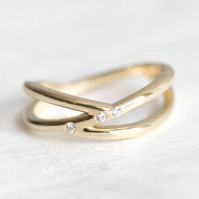 Capucinne Promise Ring, 14k Gold Diamond Wedding Ring
