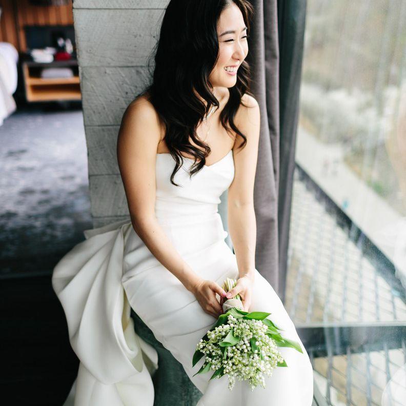 bride portrait at industrial Brooklyn venue