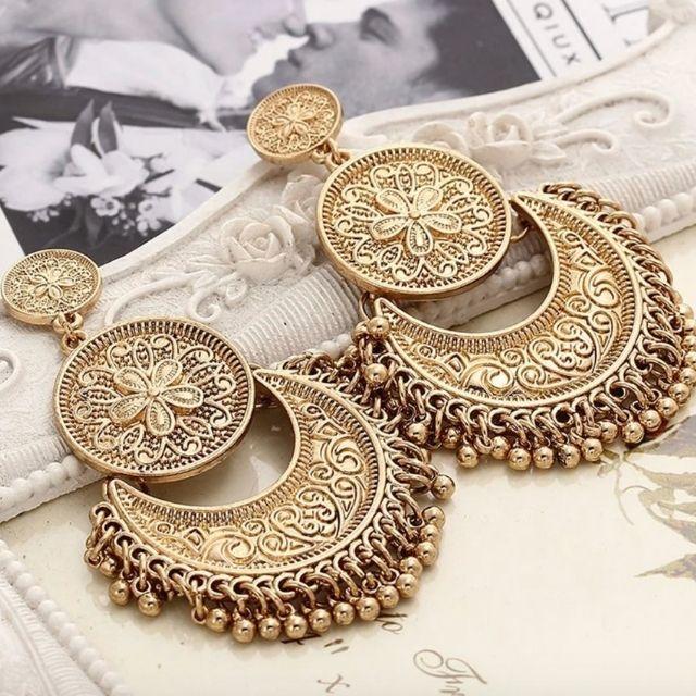 classy stud Pearl earring gold earrings Designer inspired earrings,Pearl earrings Pearl floral earrings flower stud,Bridesmaid jewelry