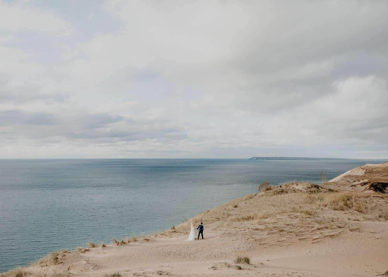 <p>Wedding photo at Sleeping Bear Dunes in Michigan</p>