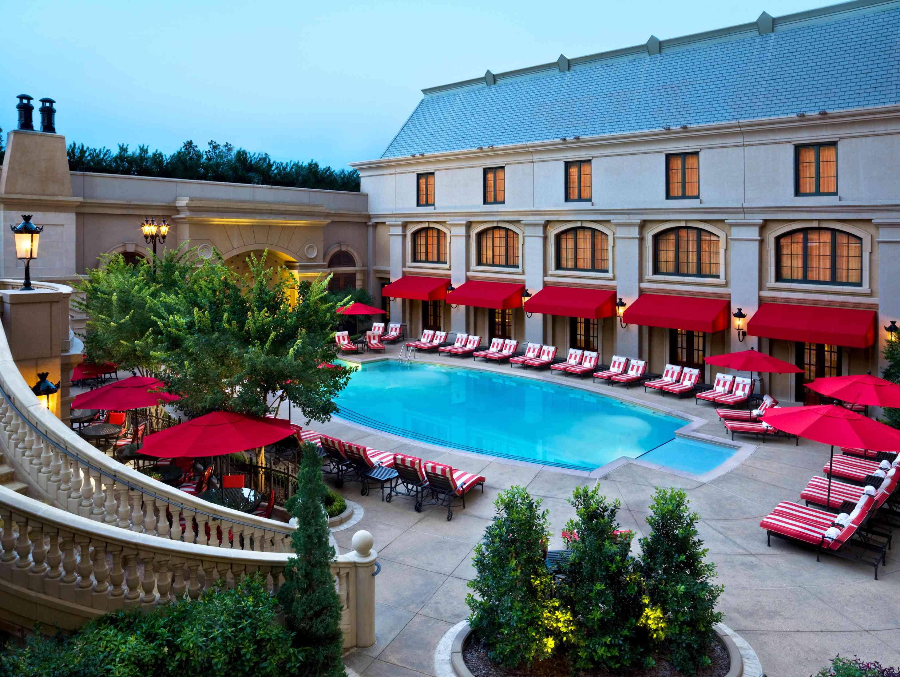 St. Regis Atlanta pool area