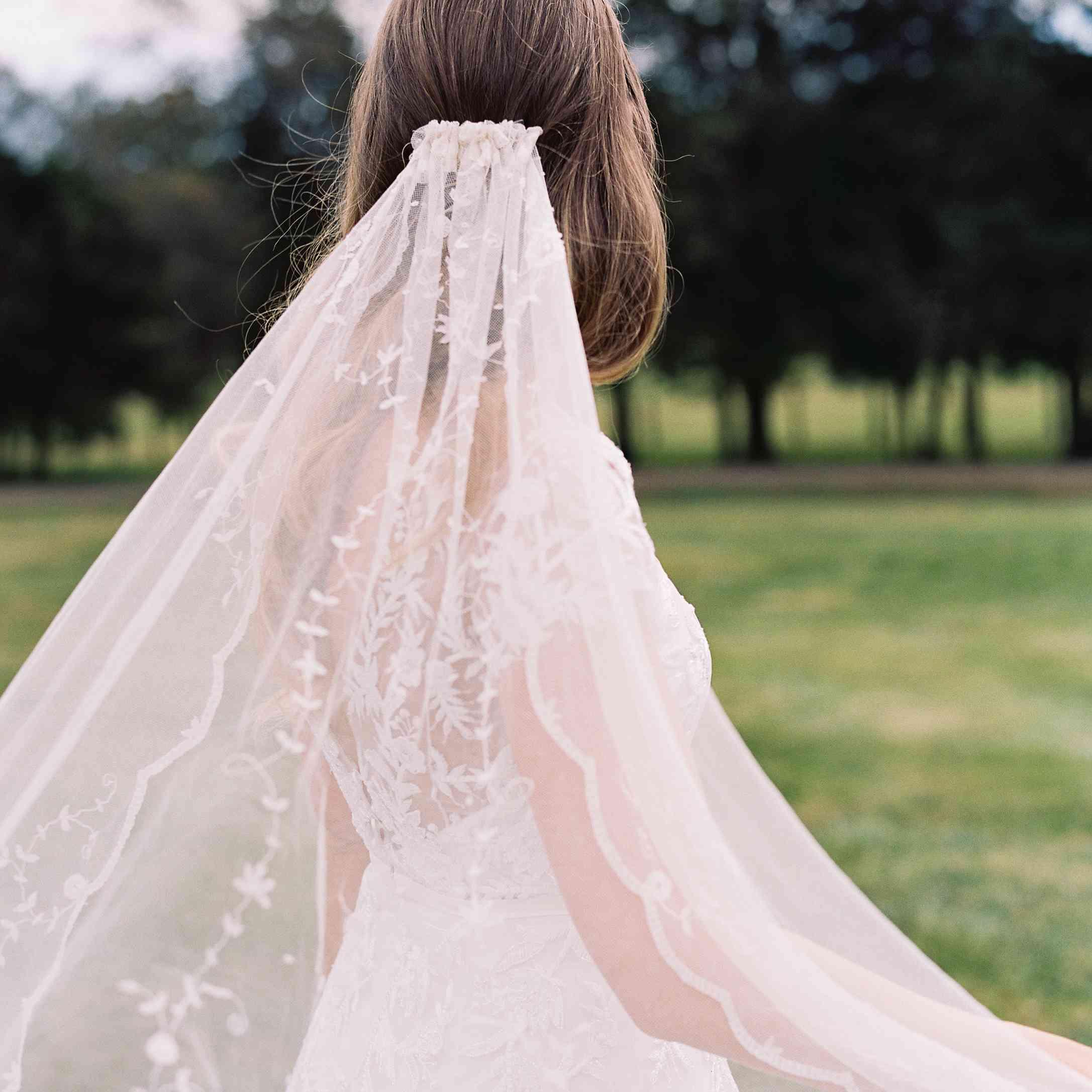 <p>Bride's veil</p><br><br>