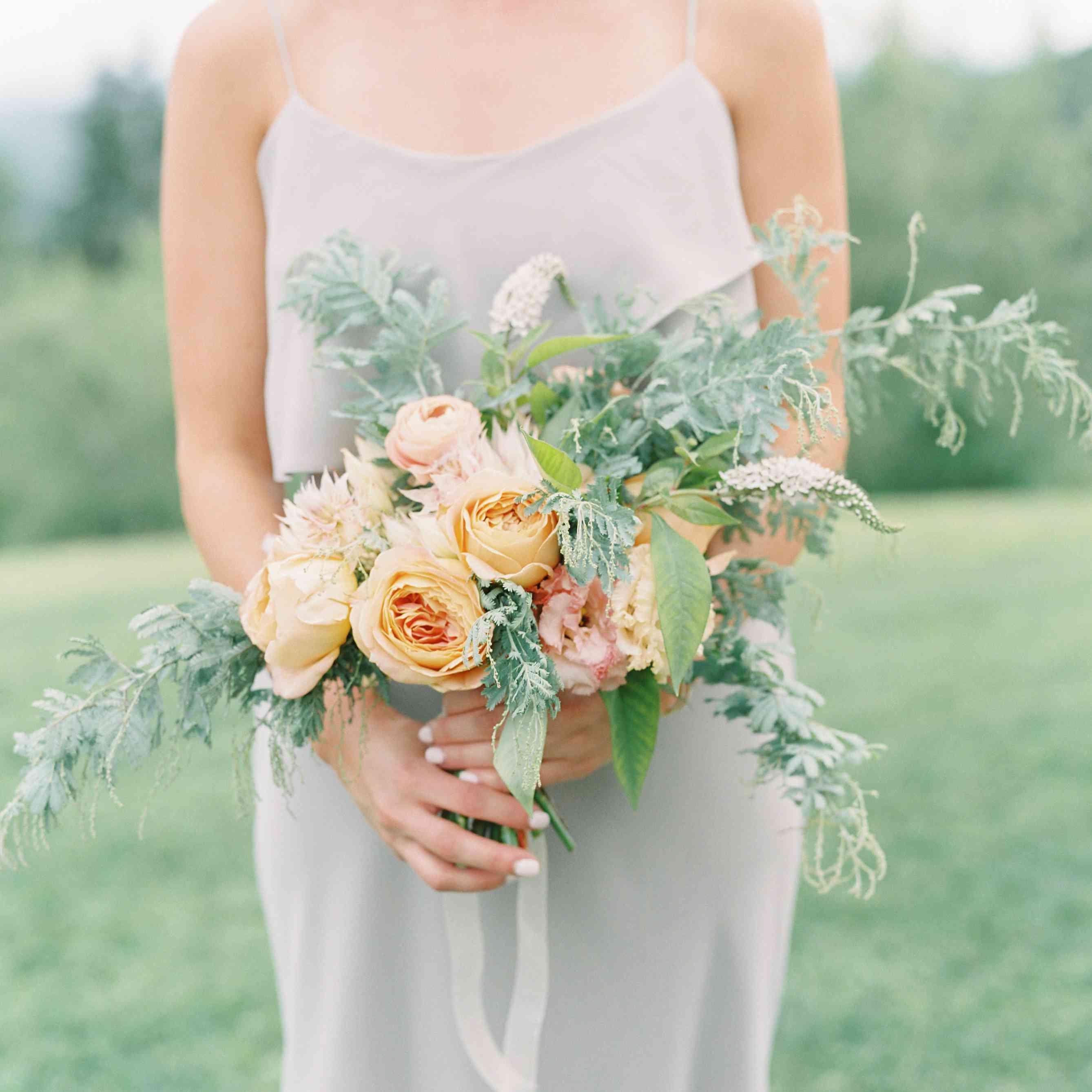 Summer Wedding Ideas: 10 Lush Summer Wedding Flower Ideas
