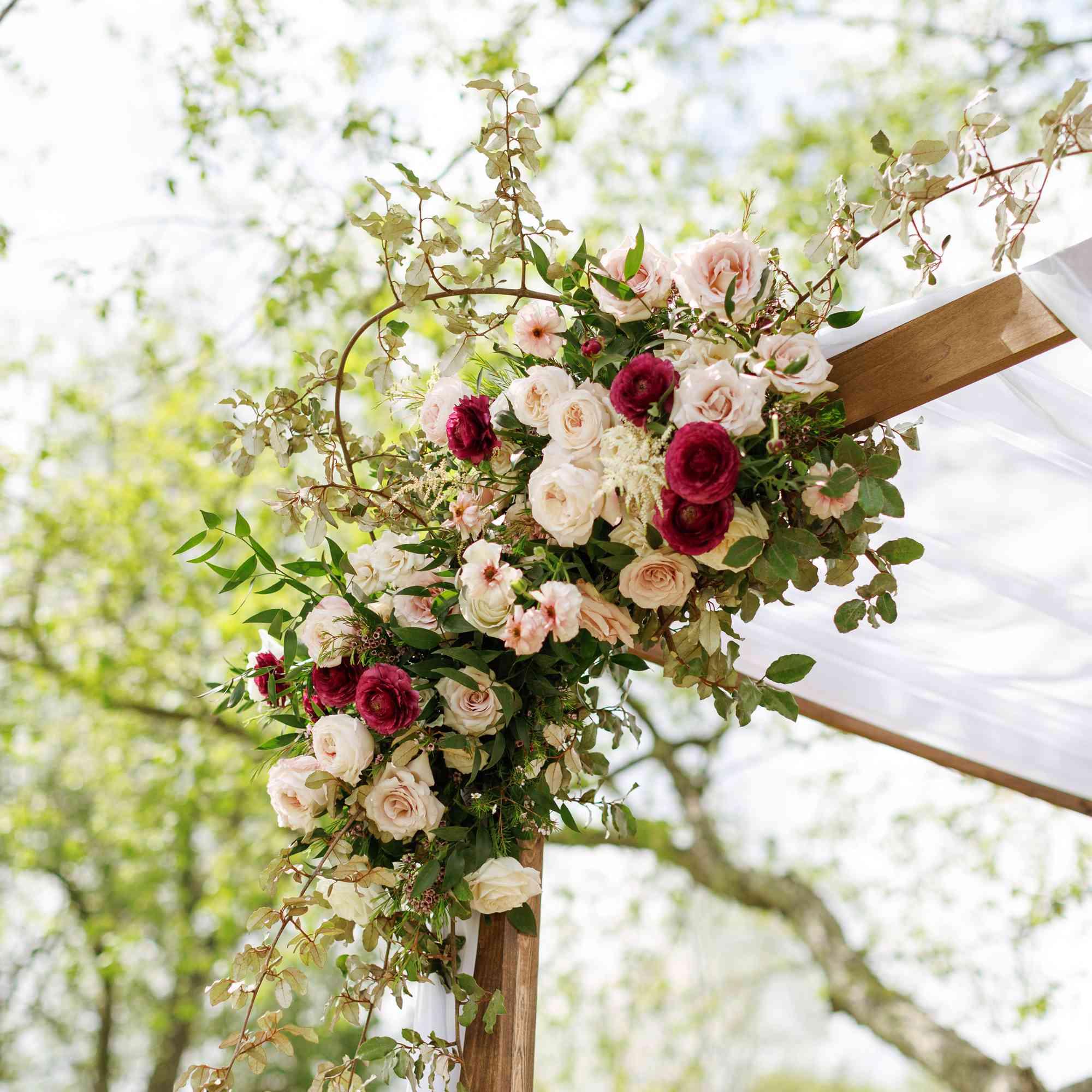 Roses accenting chuppah