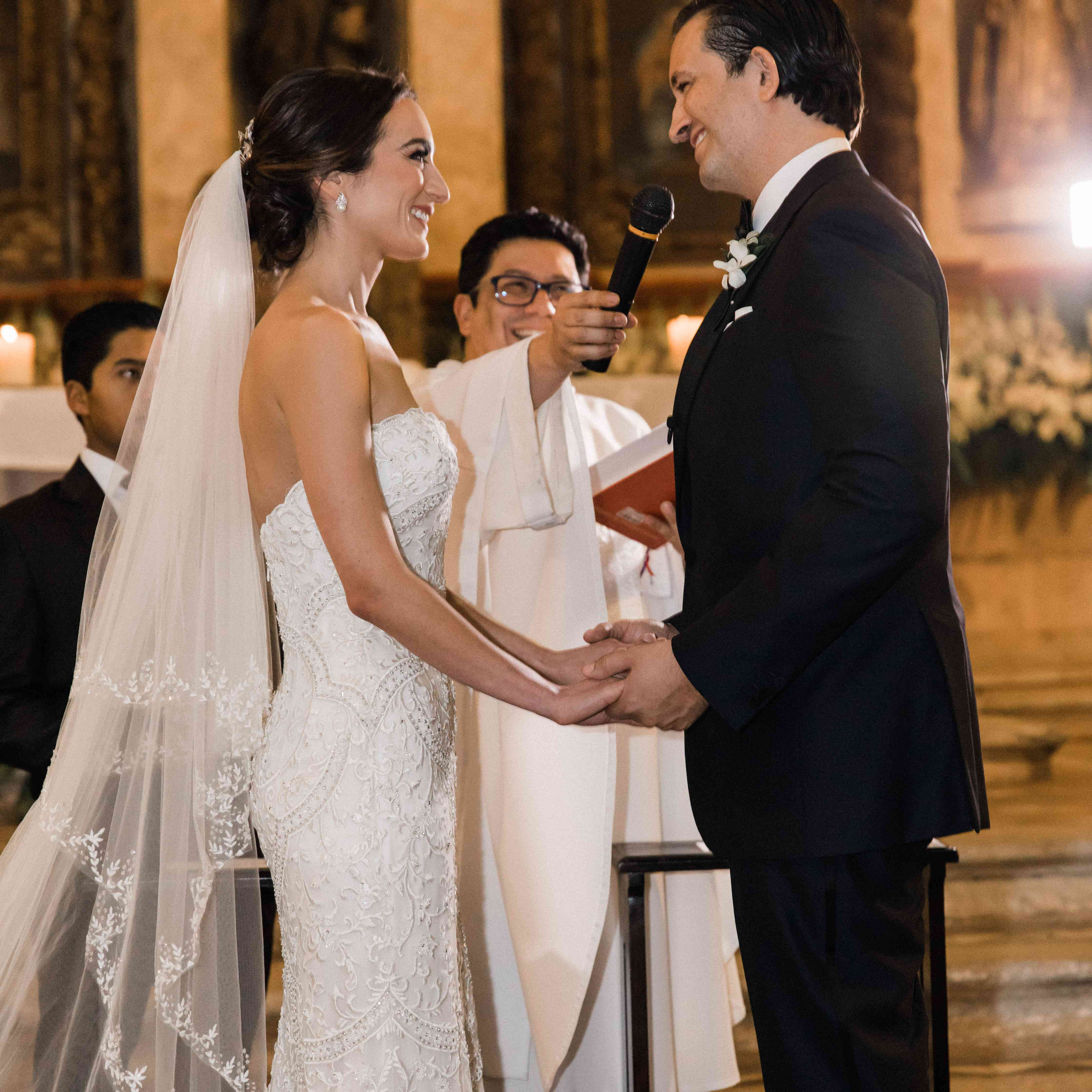 <p>bride and groom reciting vows</p><br><br>