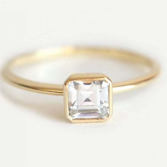 Minimal VS Asscher Cut Diamond Ring