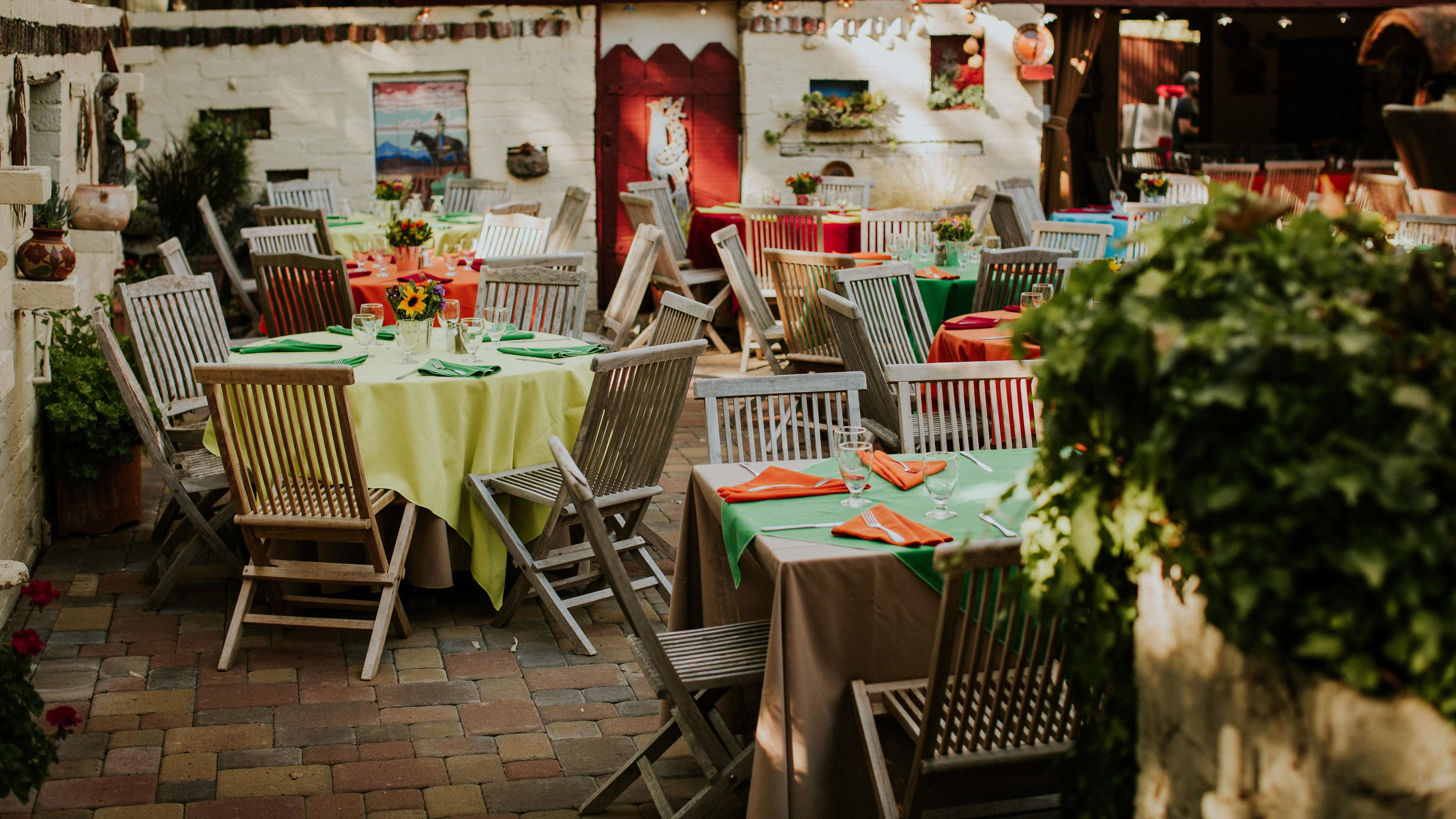 How To Plan A Perfect Rehearsal Dinner In 11 Easy Steps