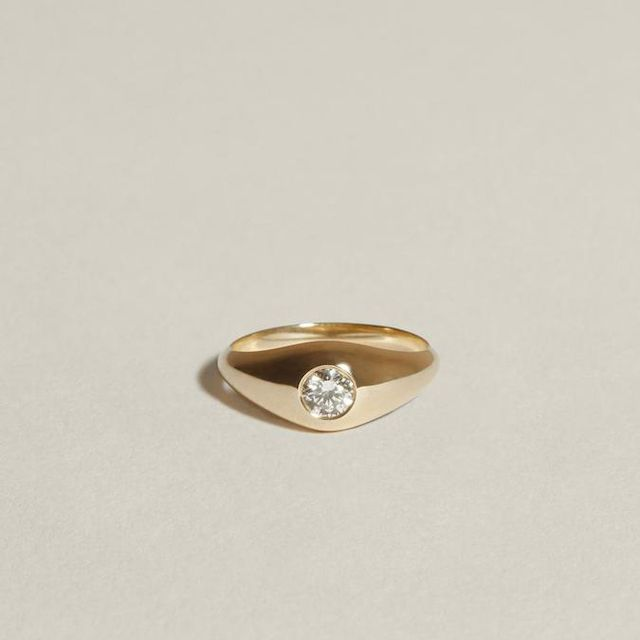 J. Hannah Demi Signet With Diamond
