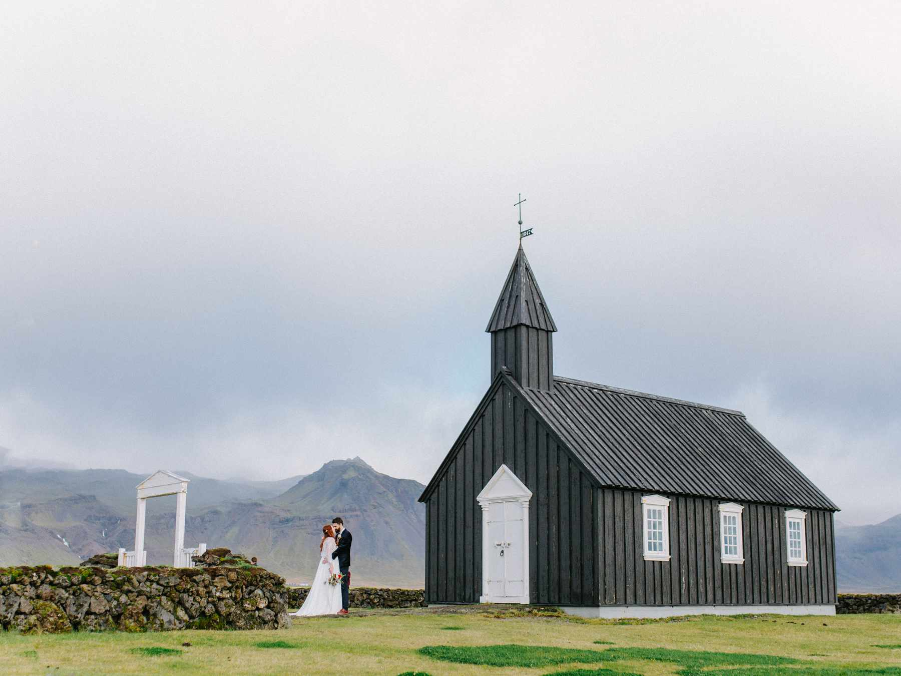 iceland elopement at little black church