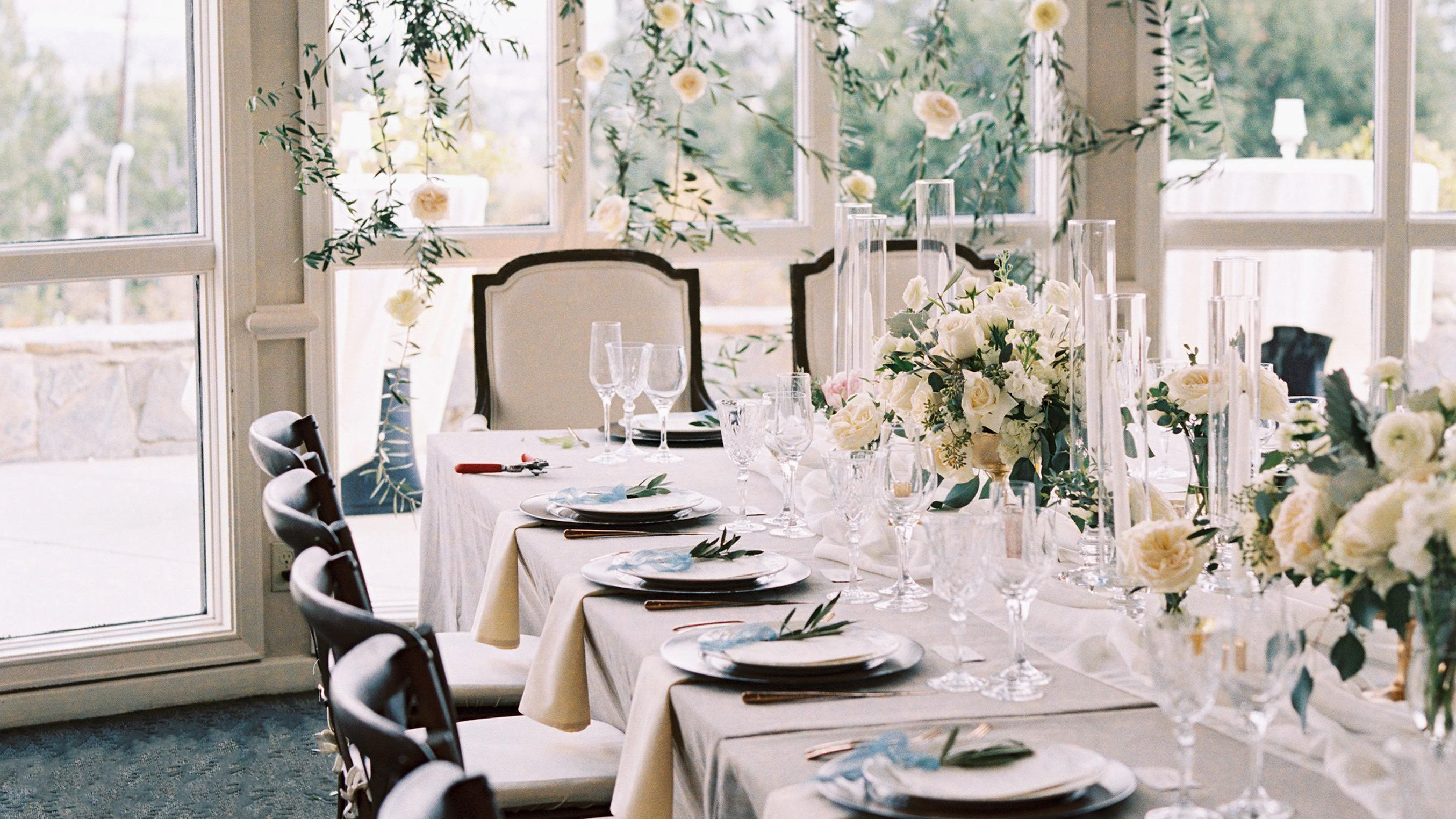 How To Set A Dinner Table For A Formal Reception