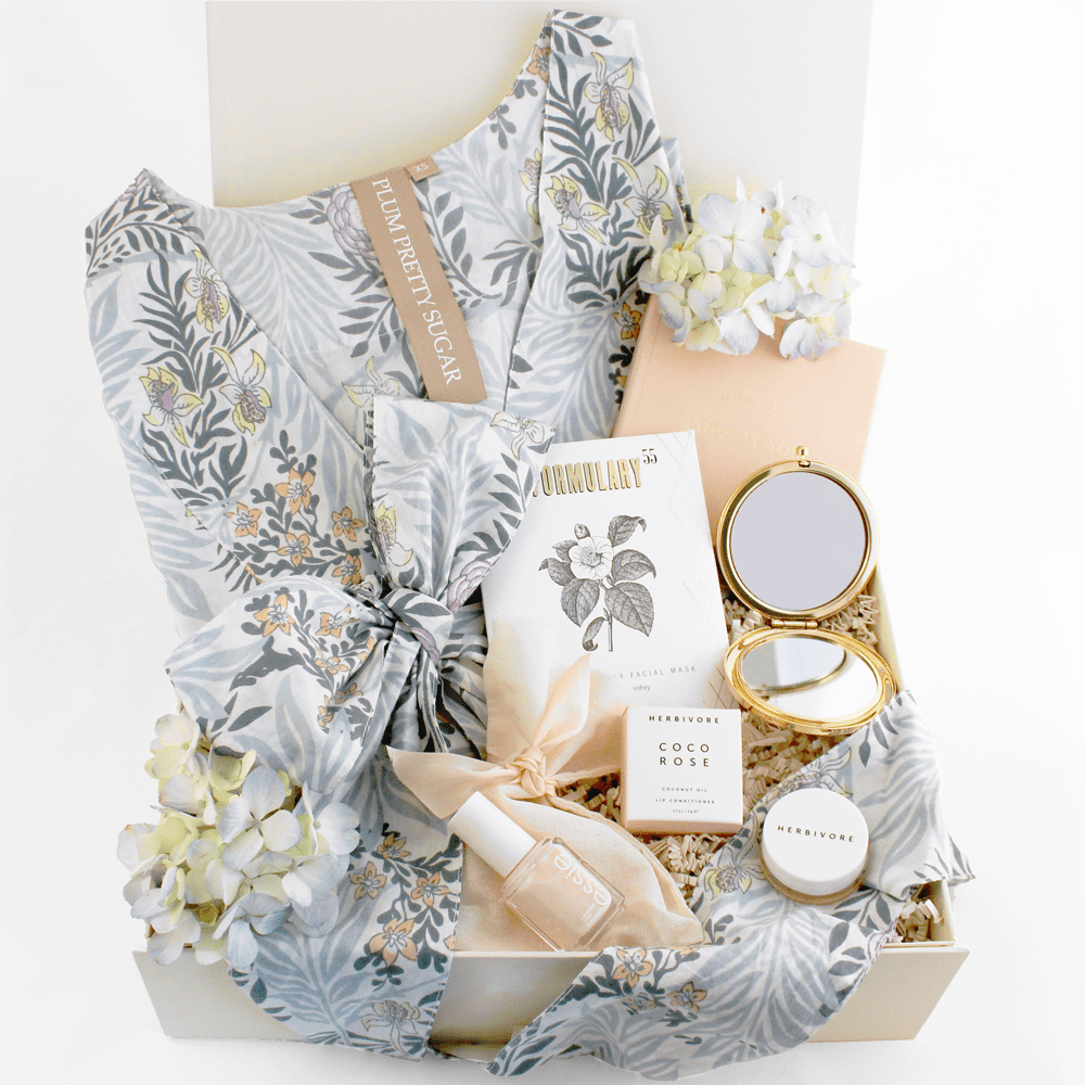 6 Curated Gorgeous Gift Boxes For Your Bridesmaids