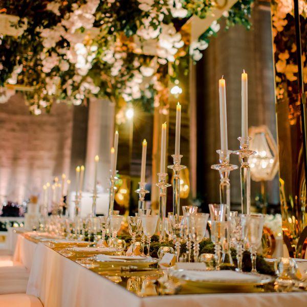 <p>reception mirror decor hanging flowers</p>
