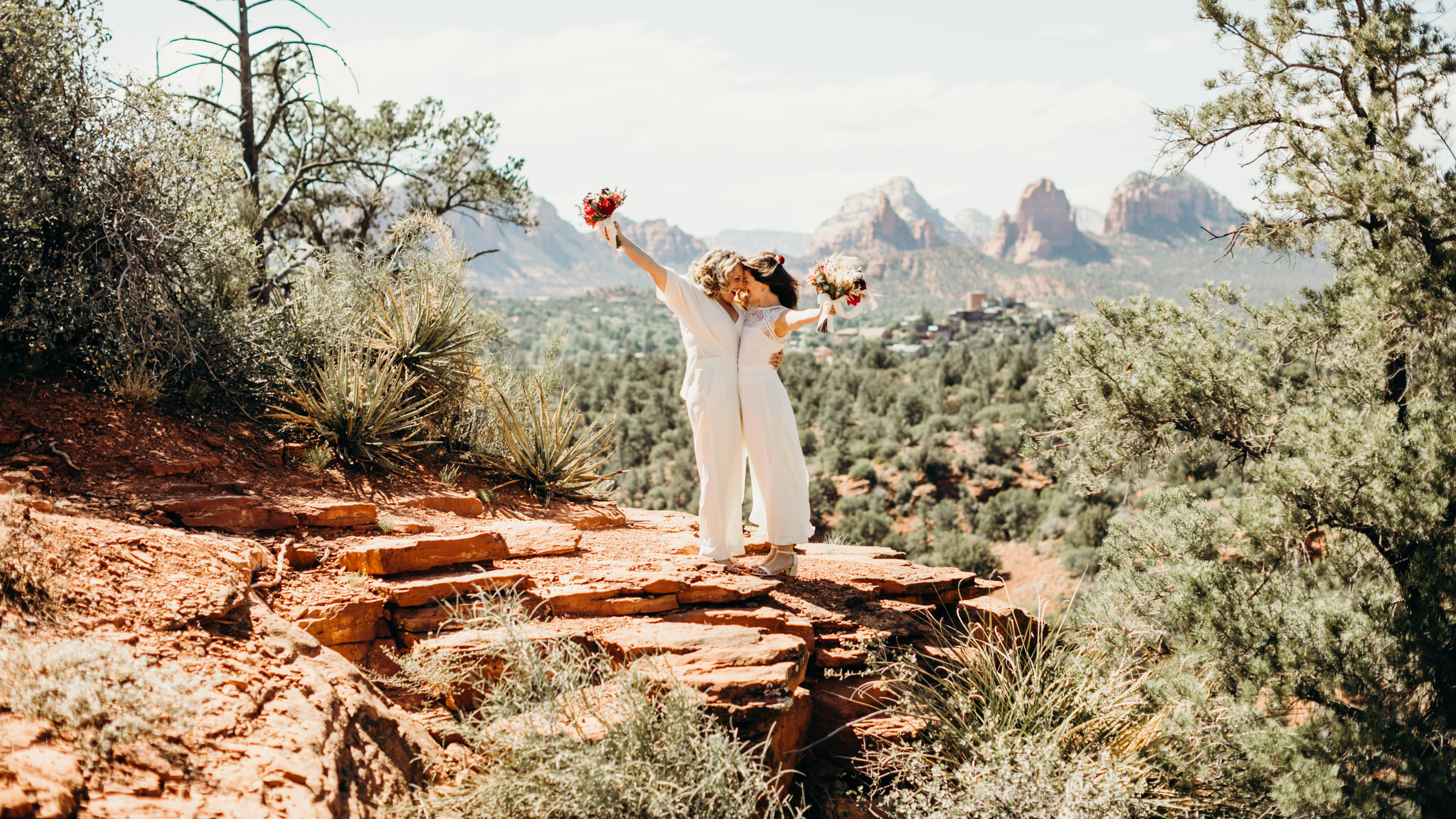 A Vibrant Southwestern Wedding In The Sedona Desert