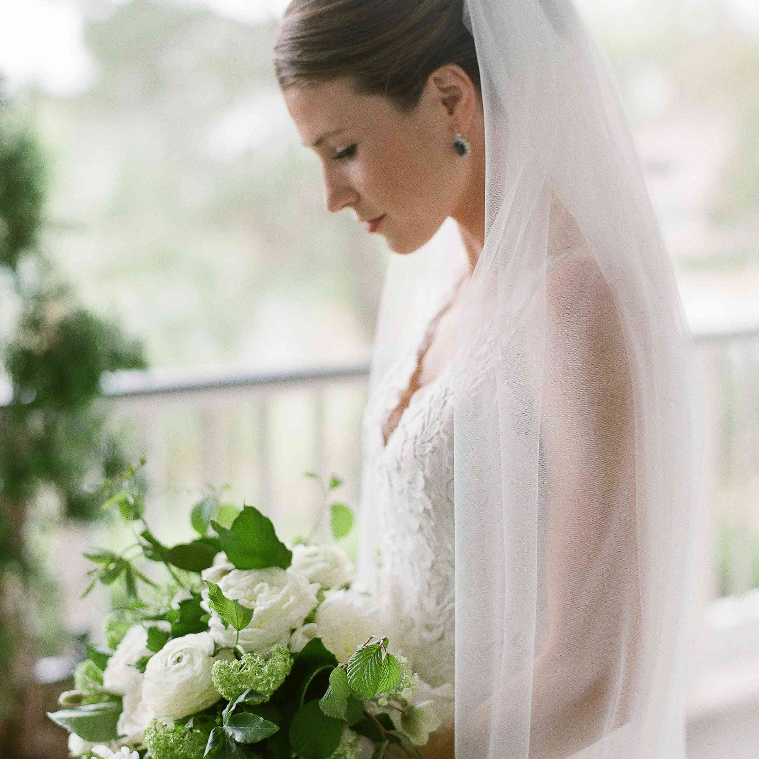 47 Wedding Hairstyles That Look Perfect With A Veil