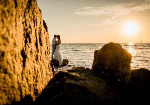 Bride and groom in Cabo for a destination wedding
