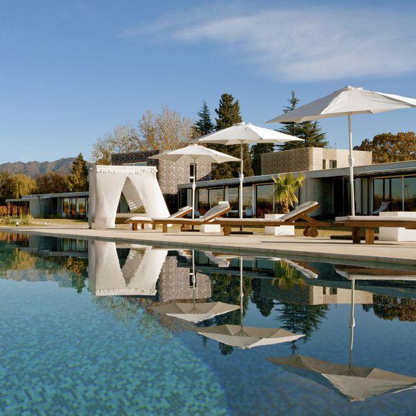 Entre Cielos resort pool