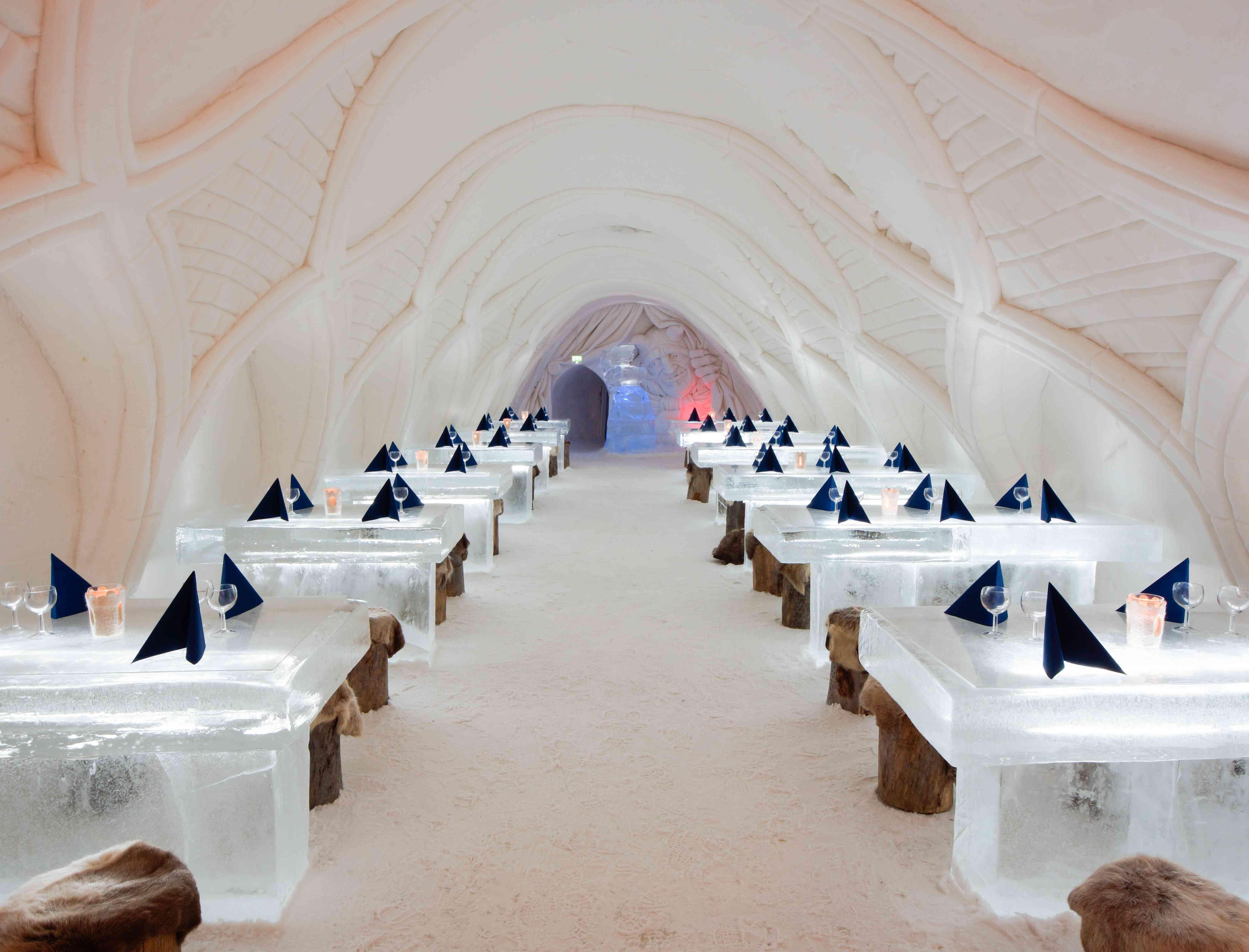 A wedding reception setup at Kemi SnowCastle