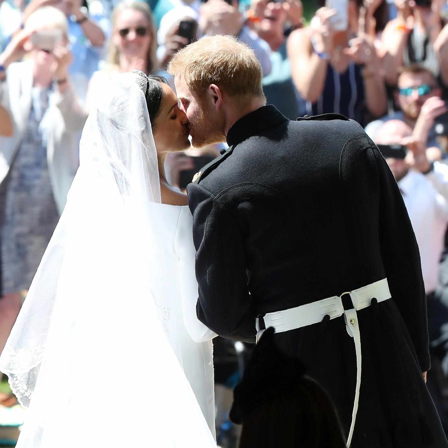 Gallery Royal Wedding Kisses