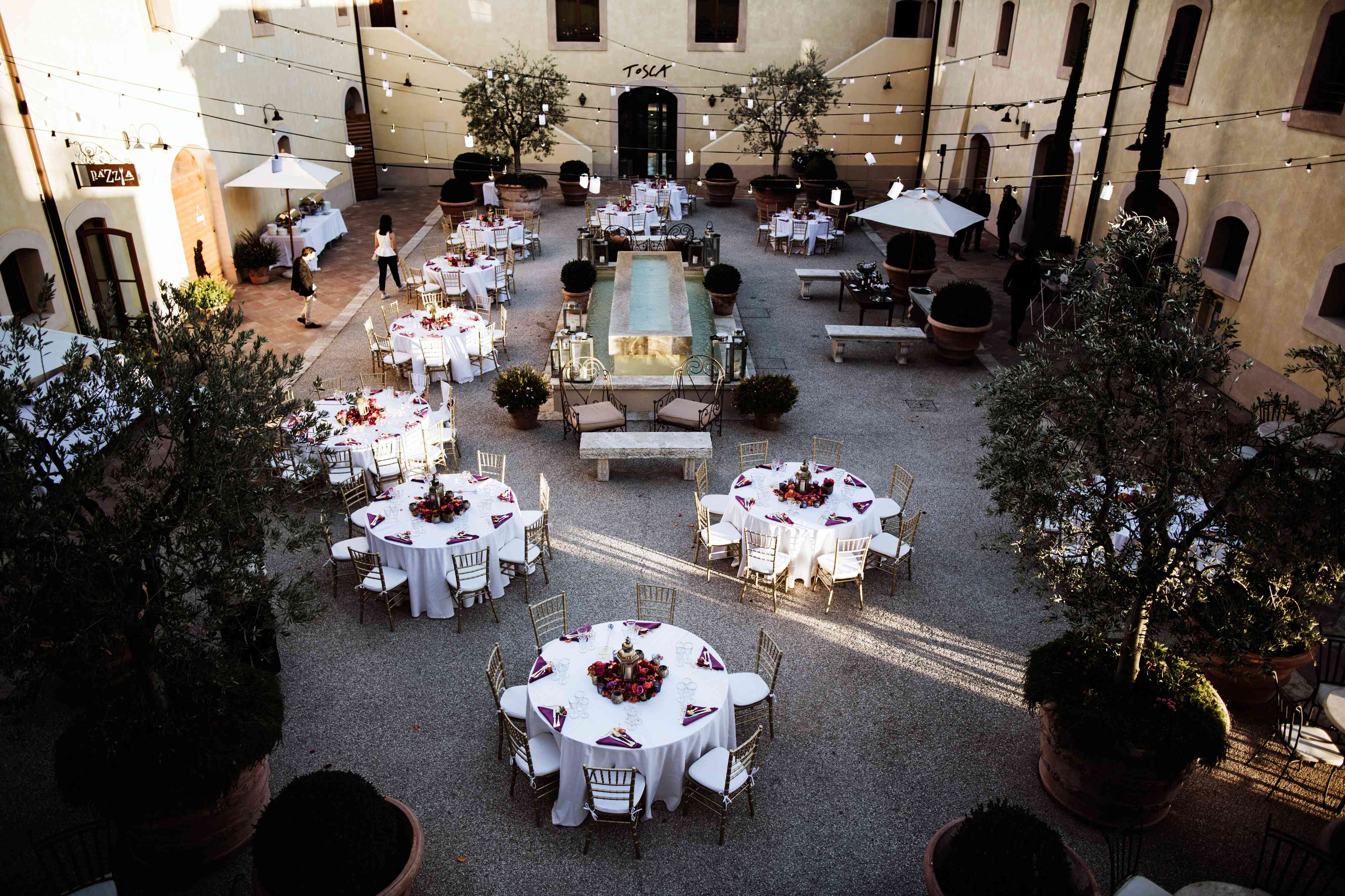 courtyard reception in tuscany