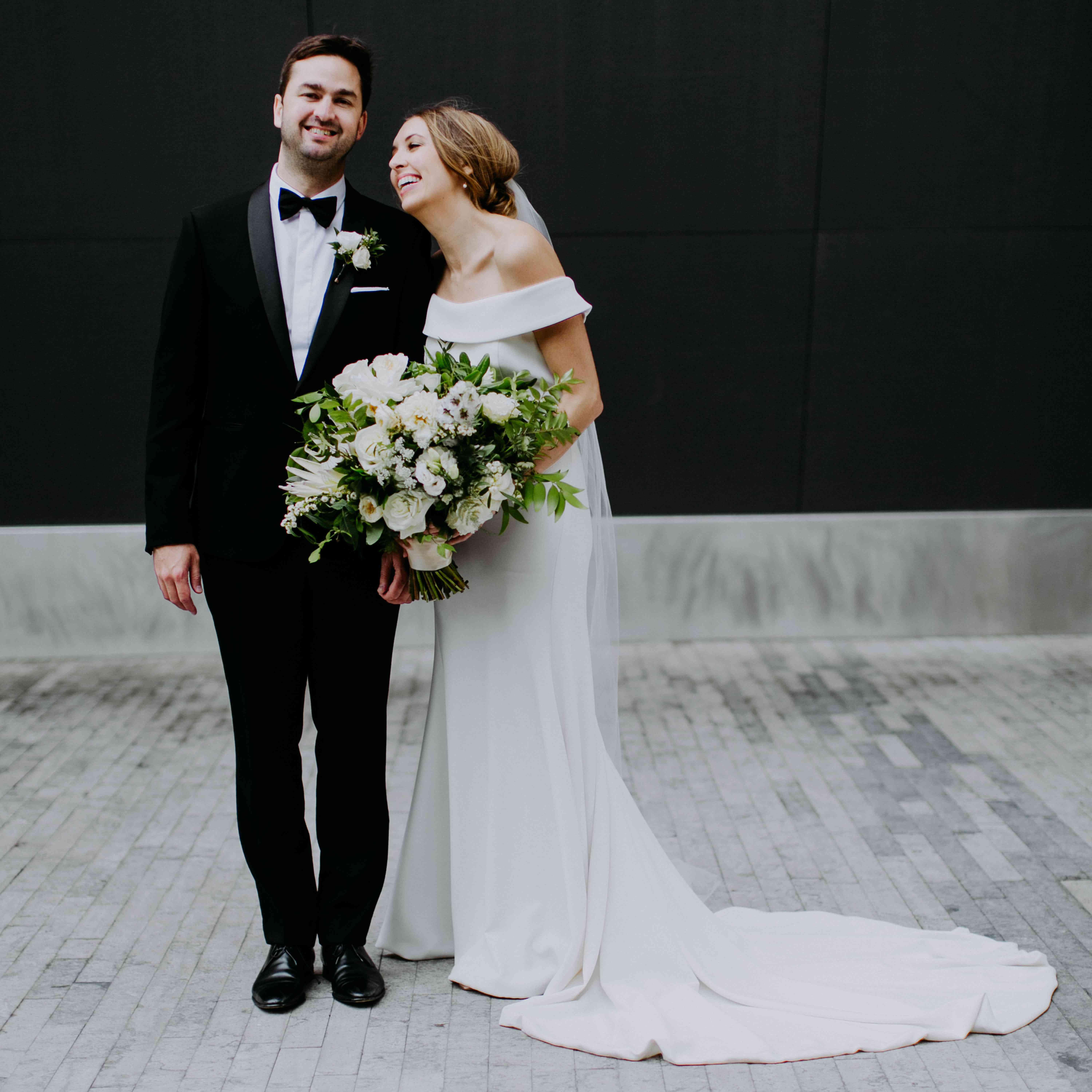 Story Comedian Iliza Shlesinger Wedding: A Modern Wedding Celebration In The Heart Of Brooklyn