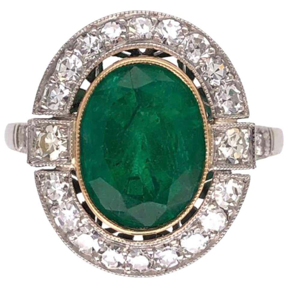 5 Popular Vintage Engagement Ring Trends