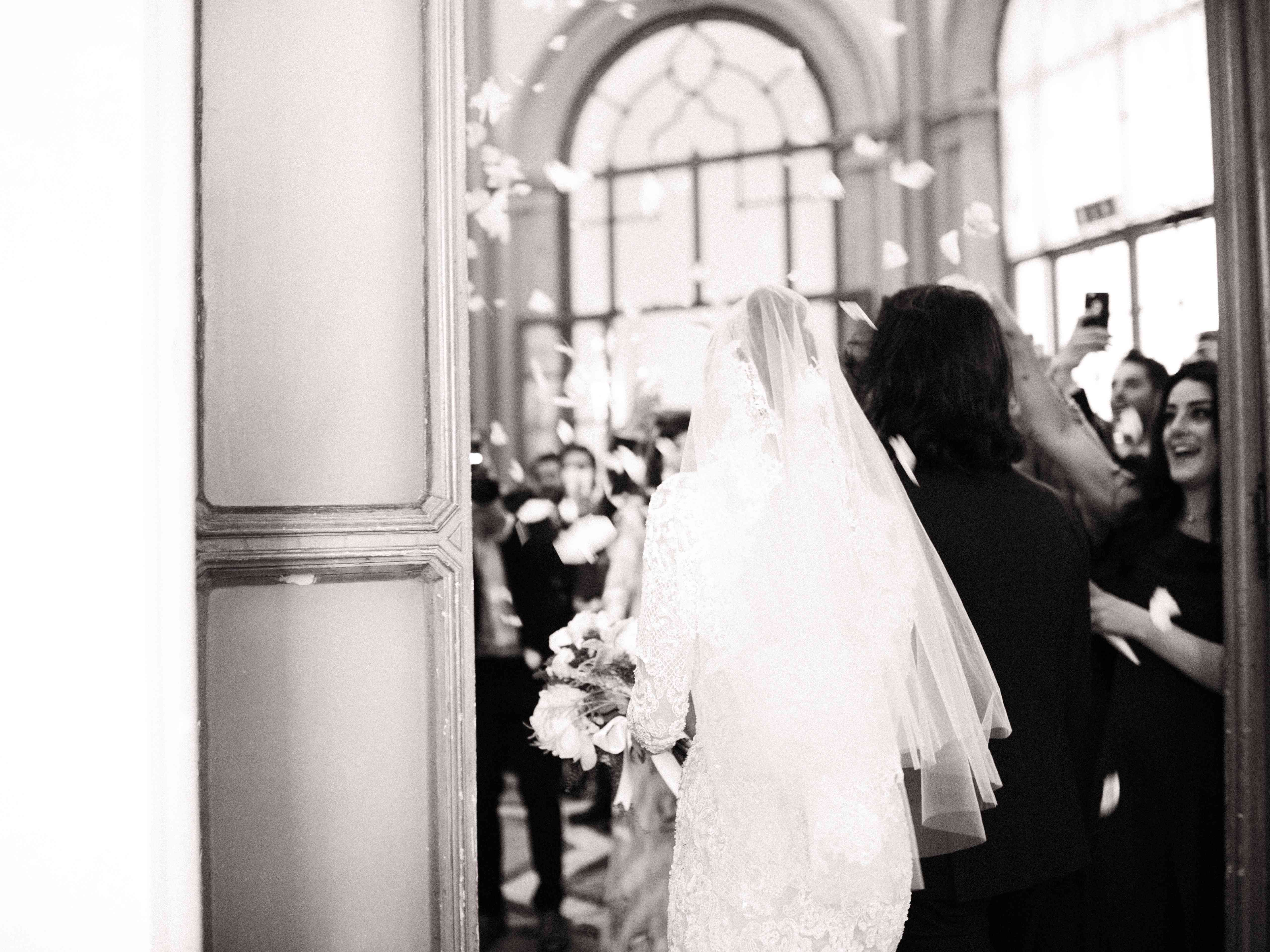Northern Italian Wedding, Petal Toss